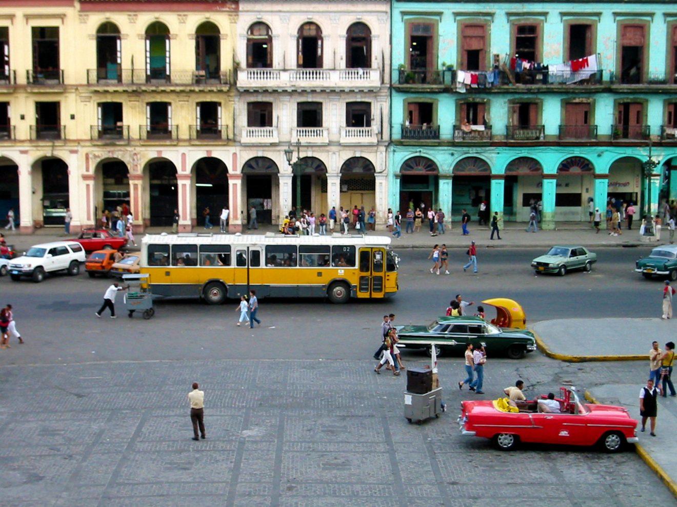 Cuba bus 2