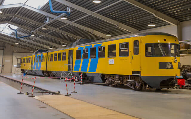 Dieseltreinstel-DE2-Blauwe-Engel-Museum-Transit-Oost-Winterswijk