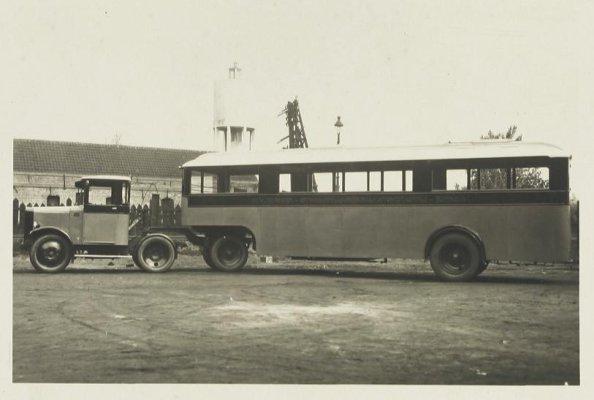 BBA collectie Omua autobus