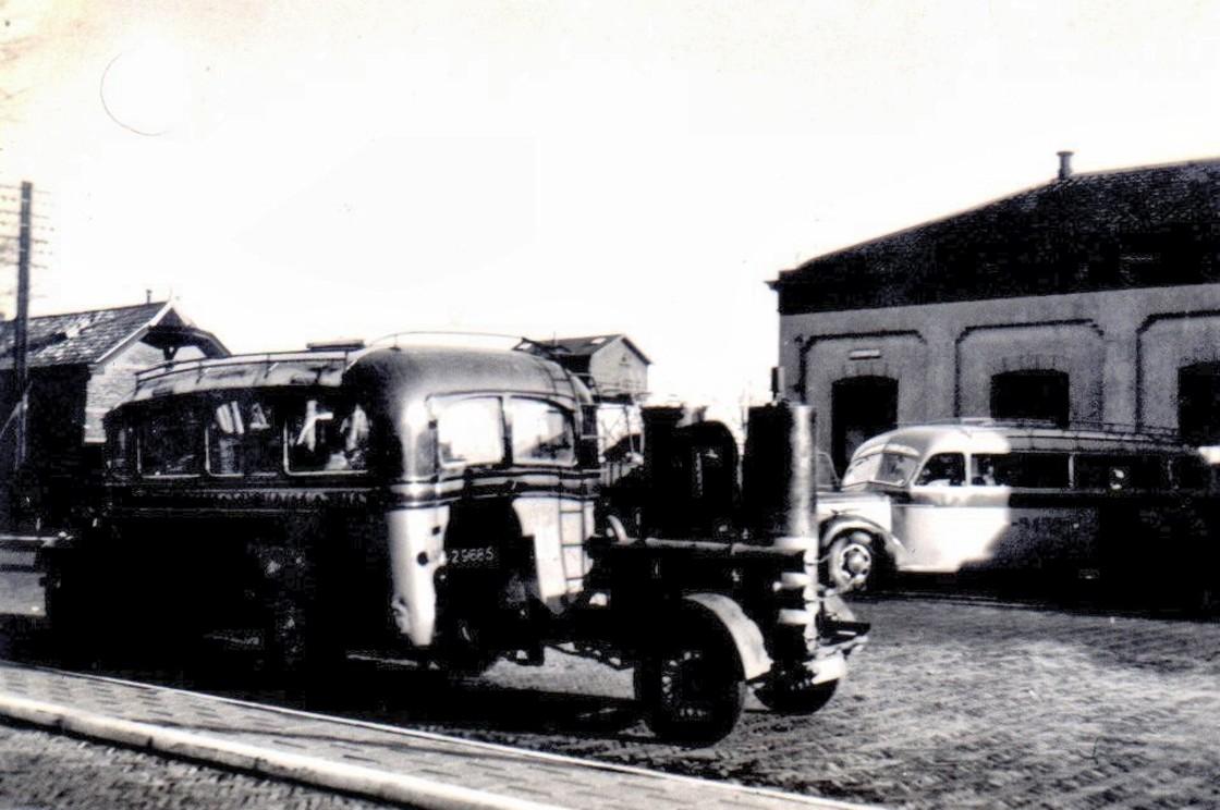Bus met generator