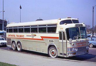 Continental_Trailways_bus_in_Chicago_1968