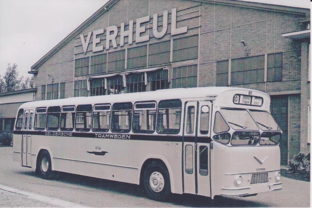 GTW-autobus-AEC-635